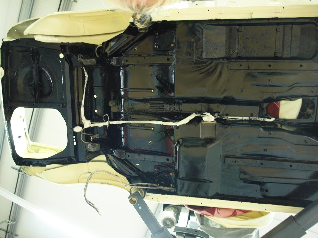 Rolltec Restaurationsfachbetrieb F 252 R Young Amp Oldtimer